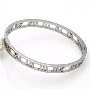 Silver Roman Numeral Bracelet